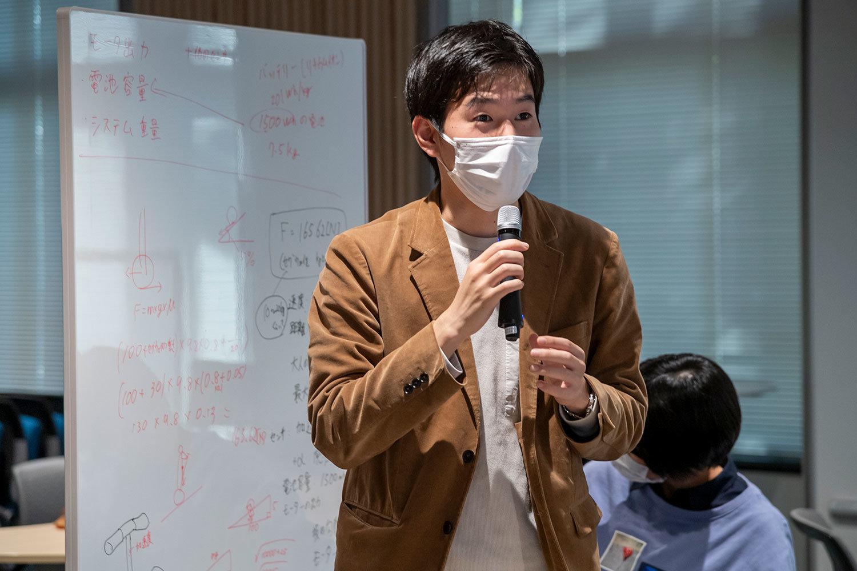 岡田樹さん「オンライン講義であったものの、プロのエンジニアならではの視点など、普段では聞けない話を聞くことができて面白かったです」