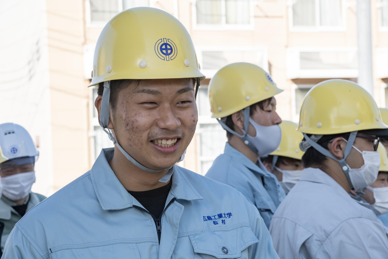 「橋梁工事で3Dモデルを導入していると初めて知った。すごい技術が詰まっていると実感した」と松村祐輝さん。