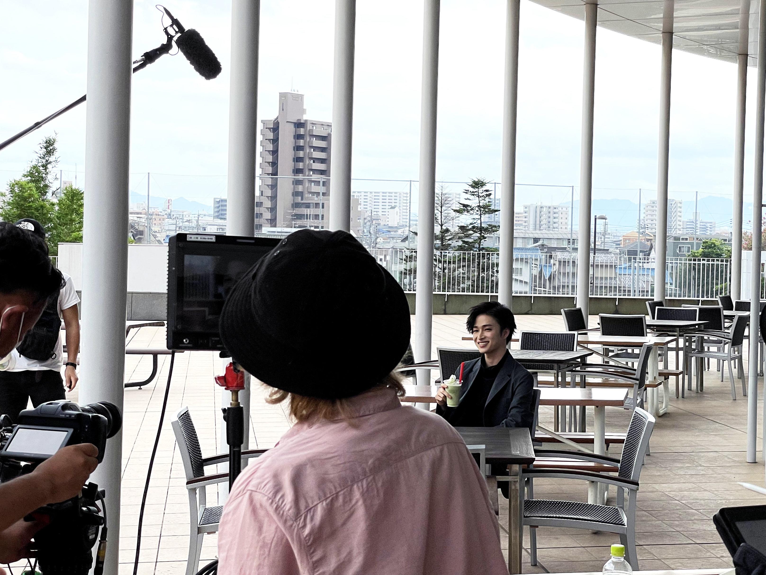 曽田センパイが学内のお気に入りの場所を案内