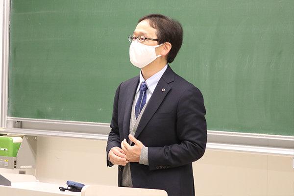 プレゼンターを務めるのは島根不動産の髙山伸介社長
