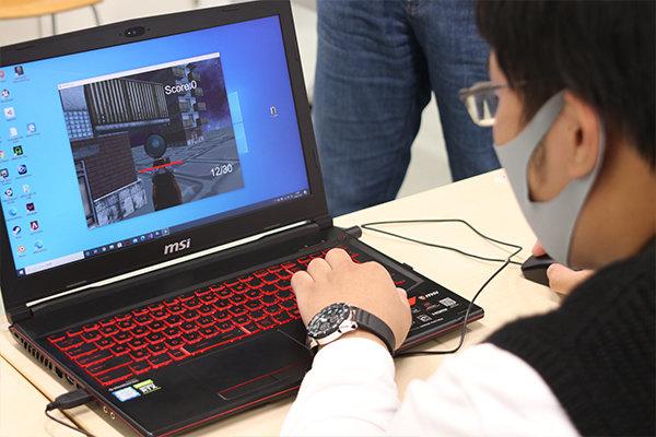 基礎理論工学研究会では、自作のゲームを展示