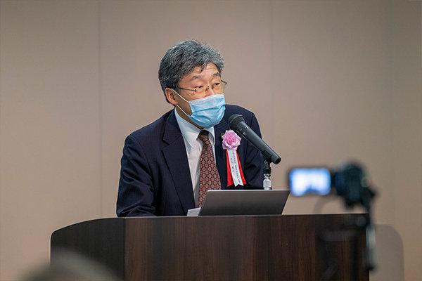 冒頭の挨拶に立った広島経済同友会・創業支援委員会の水谷泰之委員長。