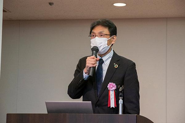 「本学の情報分野・地域防災分野における知見を地域貢献に活かしたい」と長坂学長。