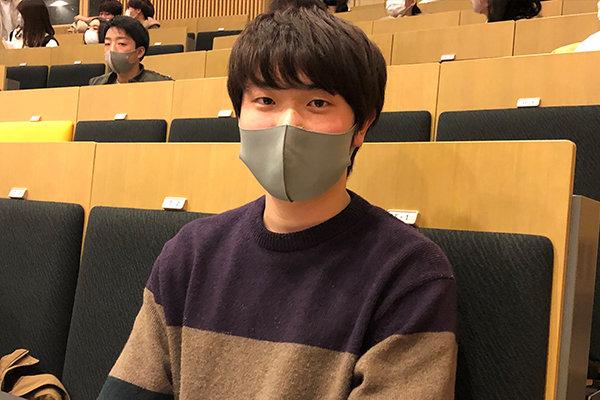 環境学部建築デザイン学科1年の松永侑大さん