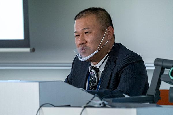 金子氏は1997年に本学を卒業後、民間会社を経て1999年に坂町役場に就職。
