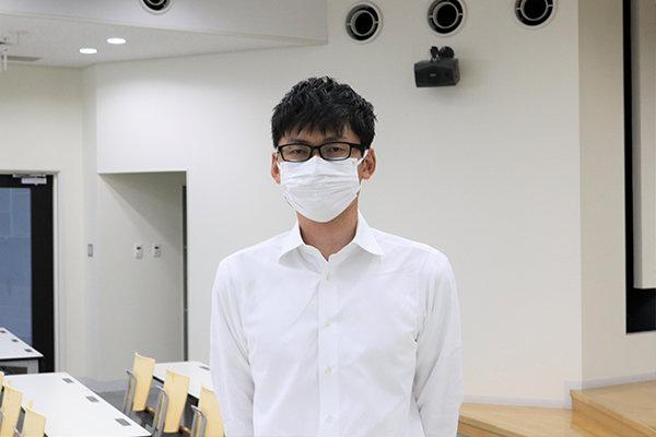 広島県商工労働局の寺岡さんは「広島には魅力ある企業がたくさんあります。知らずに選べないのはもったいないこと。まずは知ることから始めて欲しい」と話す