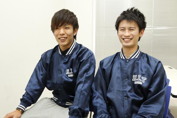 「困っている人を見かけたら、積極的に声をかけます」体育会で活躍している川下君(右)と大野君(左)。大野君は手話もできるそうです。