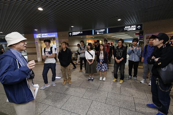 広島市は河口部に開けた街。そのため、地下水位が高く、地下街・紙屋町シャレオの建設は難工事だったそうです。広工大の卒業生も、シャレオの設計や建設に関わっています。
