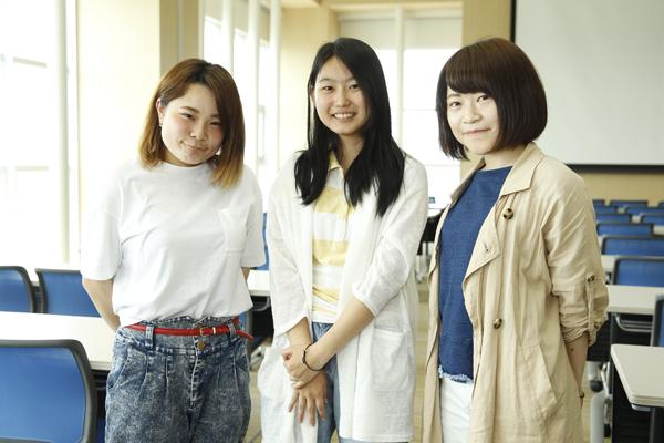 「3人で三者三様の意見を交わして、さまざまな気付きを得ることができました」重里さん(左)、井上さん(中)、中村さん(右)。