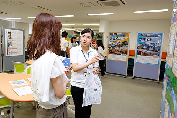 高い就職率を誇る広島工業大学。それを実現する豊富なデータや広工大独自のサポート体制について、職員や就職活動を終えたばかりの学生がお答えします。