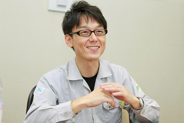大学時代はモーターサイクル部に所属していた福永さん。「ツーリングやレースに参加し、自分で整備も行っていました。そこで培った技術や人間関係は今でも役立っています」