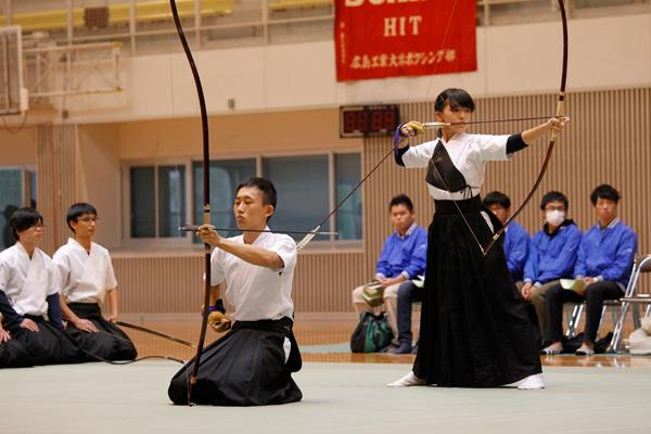 弓道は「無心」を大切にしています。雑念をなくし、無心であれば、矢は的に当たると言われています。