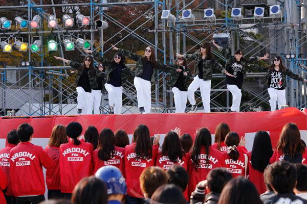 「カワイイ」そして「カッコイイ」パフォーマンスで会場を魅了した広島国際大学チームが優勝。おめでとう!