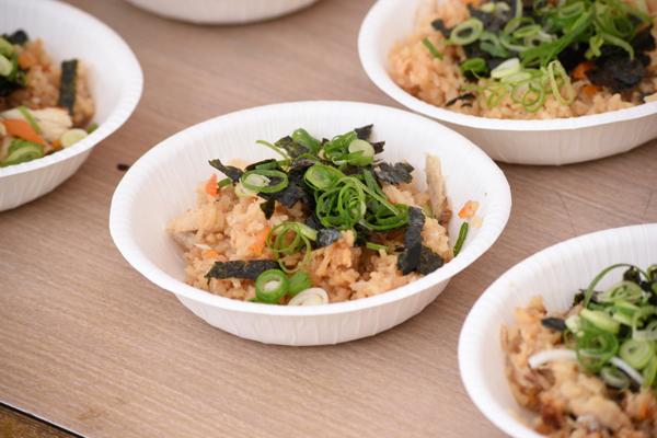 だしからこだわったサバの炊き込みご飯は、JCDオリジナルレシピ