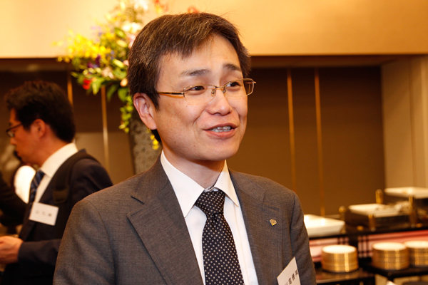 新川電機株式会社の竹内様。「広工大の卒業生もたくさん働いているので、工大生にとって働きやすい環境だと思います」