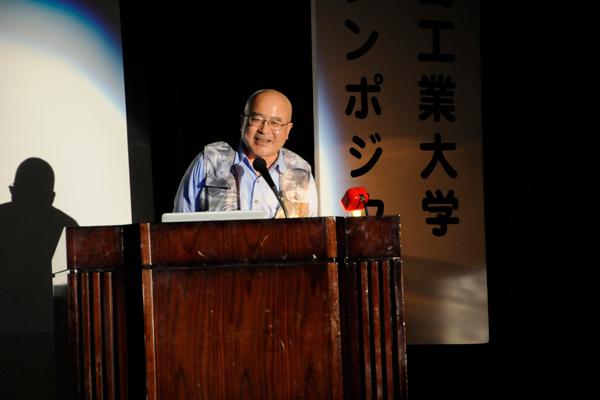 安田先生は、さまざまな認知症患者支援機器・システムを開発し、研究を行っています。