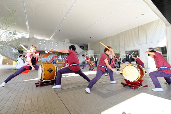 新年の幕開けにふさわしい力強い演奏を披露した鼓遊会