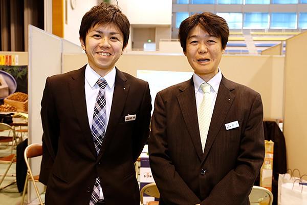 ヤマキ株式会社 人事部課長 金子様(右)「微生物やバイオの研究をした学生さんに加えて、生産工場では、機械について学ばれている人を求めています」