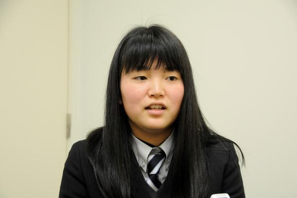 濱田桐花さんは「将来目指している食品開発の仕事に就くためのカリキュラムはもちろん、授業以外の活動にも大きな魅力を感じます」と、JCDセンター(女子学生キャリアデザインセンター)の活動にも関心を寄せていました。