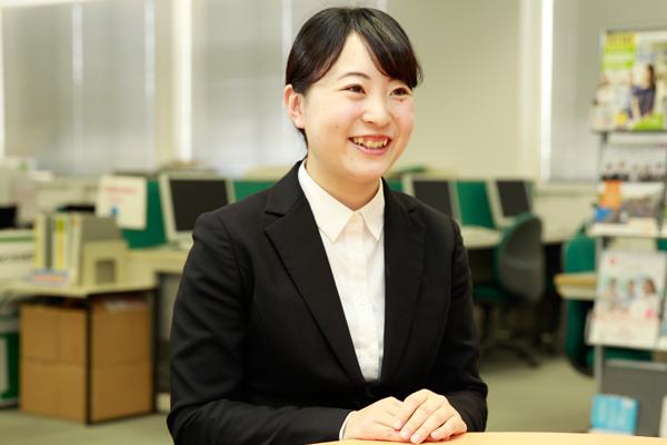 「最初はありふれた志望動機しか書いておらず、就職部の方からも指導を受けました。東京就活フライトを経て自分の将来を真剣に考えるようになり、履歴書にも深みが出てきたと感じています」