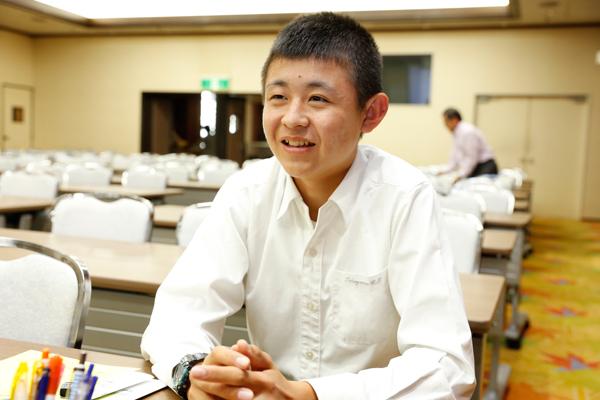 徳山商工高校3年の高重さん「高校では土木施工管理について学んでいますが、大学では建築設計の勉強をしてみたいと思っています」