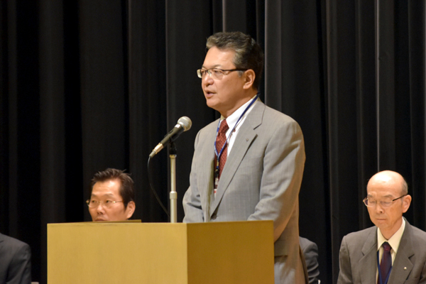 「本学に進学できる可能性が高いことを理由に、広島工業大学高等学校が注目を浴びています」と話す鶴学長