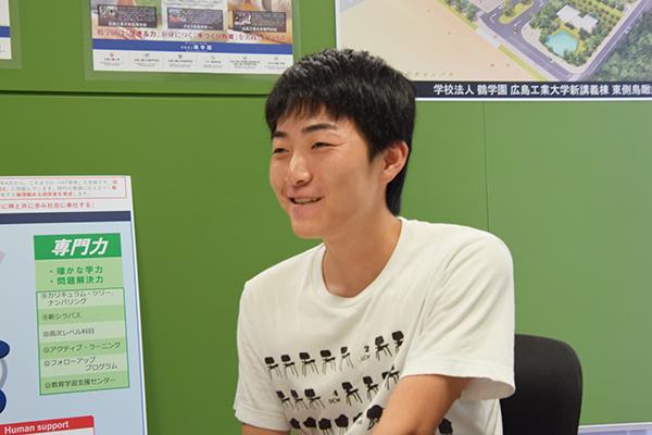 「初めての参加で戸惑いがたくさんありました。先輩から学びながら、一つひとつ経験を積み重ねていきます」と髙田さん。