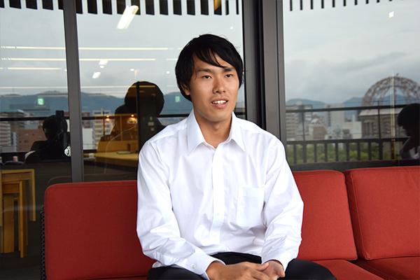 「3社見学したことで、さまざまな企業文化を知ることができました。自分に合った働き方を考えていく時、役立てていきます」と芳村さん。