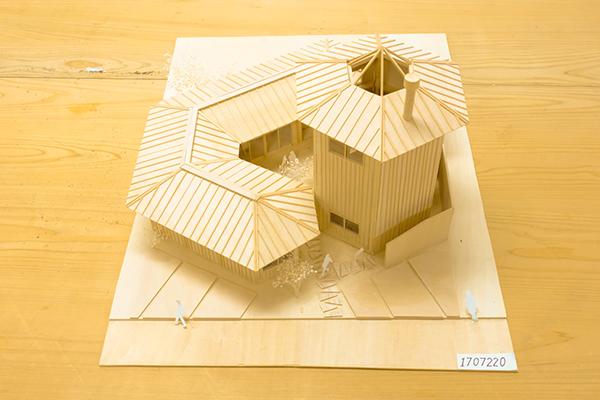 アンダー20賞「六角形の家」