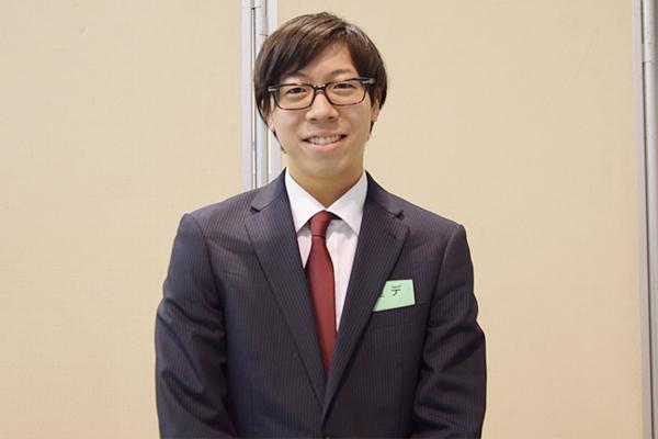 「今日はまだ初日の説明会。残り3日間、できるだけ参加して情報収集していきます」と田島さん。