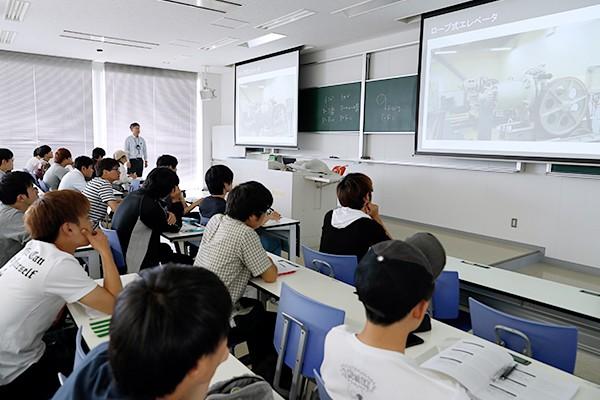 動画への学生の注目度は高い