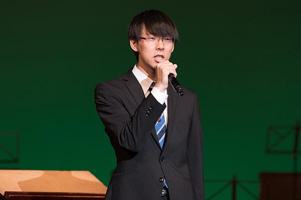 開演に先駆け文化局長の河井宏明さん(機械システム工学科3年)が「毎日の練習成果を存分に発揮してくれると思うので、一緒に盛り上がっていただければ幸いです」と挨拶。