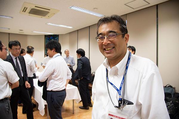 研究会の幹事であり、シンポジウムの司会も務めた、広島工業大学・電子情報工学科の山田憲嗣教授。「データサイエンスは全学的に取り組んでいくテーマです。学部や領域の枠を超え、教員同士が協力しあって、社会に求められる人材を育成していきたい」