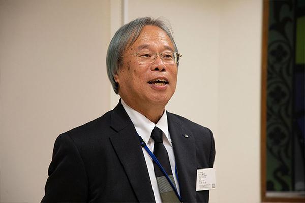 本学の河内浩志副学長が「データサイエンスにおいては、何より産学官の横連携が重要です。これからもしっかり協働していきましょう」と締めの挨拶。